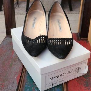 Manolo Blahnik black low heels